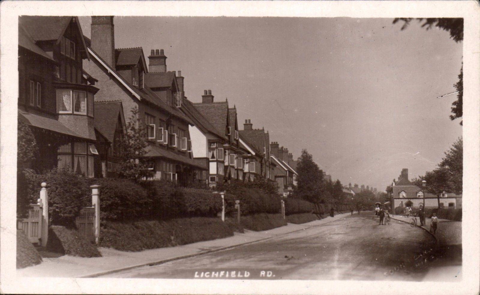 Lichfield Road opposite Cremorne Road